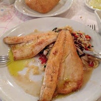 Photo taken at Romano's Macaroni Grill by Selda S. on 8/2/2014