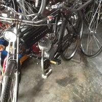 Photo taken at ร้าน จ่าเต๋า จำหน่าย, ซ่อม by Pan Y. on 9/28/2012