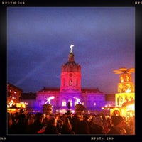 Photo taken at Weihnachtsmarkt vor dem Schloss Charlottenburg by burnmyfeed on 12/16/2012
