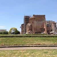 Foto scattata a Foro Romano Imperatori da Daniel D. il 5/20/2014
