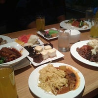 Photo taken at On The Table Restaurant by Nur S. on 8/3/2013
