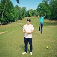 Photo prise au Charlie Yates Golf Course par Larry L. le4/26/2013