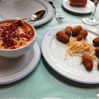 Foto tomada en Restaurante El Churrasco por Pablo G. el 10/13/2012