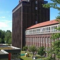 Photo taken at Haus der Wissenschaft | TU BS by Emre E. on 5/13/2014