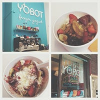Photo taken at Yobot Frozen Yogurt by リジュイン on 7/12/2013