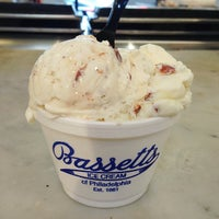 Photo taken at Bassett's Ice Cream by Tina W. on 7/8/2013