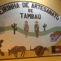 Foto tirada no(a) Feirinha de Artesanato de Tambaú por Viviane L. em 1/20/2013