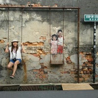 Photo taken at Penang Street Art by NooPee B. on 8/2/2015