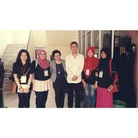 Photo taken at Fakultas Ekonomi Universitas Tanjungpura by Nadya E. on 11/6/2014