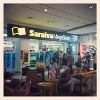 Photo taken at Saraiva MegaStore by Leandro P. on 9/22/2012