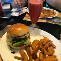 Photo taken at California Burger by Pollyanna G. on 8/9/2018