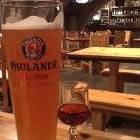 Снимок сделан в Baieri kelder Restaurant пользователем Alexey E. 2/12/2013