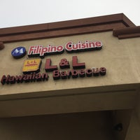 Photo taken at L&L Hawaiian Barbecue by Wilfred W. on 9/18/2016