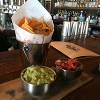 Photo prise au Loco Taqueria & Oyster Bar par GalwayGirl le4/28/2018