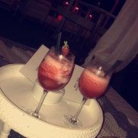 Photo taken at La Jacaranda Lounge Ibiza by Maud V. on 7/9/2017
