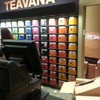 Photo taken at Teavana by Orlando F. on 12/29/2012