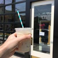 8/3/2018 tarihinde Joey B.ziyaretçi tarafından General Porpoise Coffee & Doughnuts'de çekilen fotoğraf