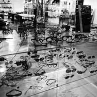 1/8/2013 tarihinde Steve R.ziyaretçi tarafından Fine Arts Optical'de çekilen fotoğraf