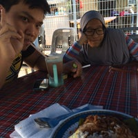 Photo taken at Nasi Lemak Maria by HusnanRusdi P. on 8/5/2015