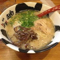 Photo taken at 博多流斗樹 赤羽店 by nendoooh on 4/18/2013