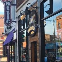 รูปภาพถ่ายที่ Hamburger Mary's / Andersonville Brewing โดย Phoenix J. เมื่อ 5/22/2018