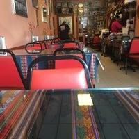 Foto tomada en Taste of Peru por Phoenix J. el 4/8/2018