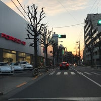 Photo taken at ポルシェセンター世田谷 by tkdkz on 3/4/2017