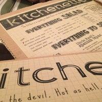 Foto tirada no(a) kitchenette por Aska M. em 9/16/2012