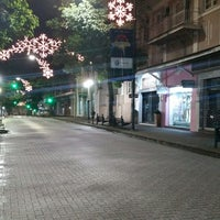 Photo taken at Rua XV de Novembro by Dialison C. on 12/29/2017