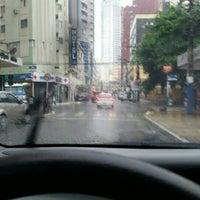 Foto tirada no(a) Avenida Central por Dialison C. em 5/6/2016