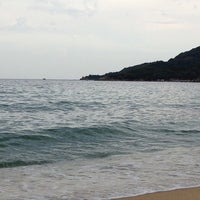 Photo taken at Totos Beach Bar by Νίκος Α. on 8/1/2014