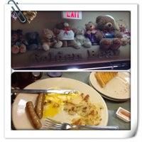 Photo taken at Golden Bear Restaurant by Alex F. on 12/21/2013