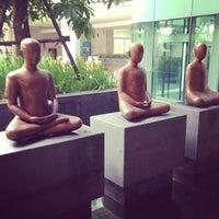 Photo taken at ศูนย์เรียนรู้สุขภาวะ สำนักงานกองทุนสนับสนุนการสร้างเสริมสุขภาพ (สสส.) by Aimee N. on 8/23/2013