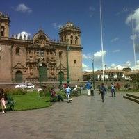 Foto tomada en Plaza de Armas de Cusco por Armando A. el 1/28/2013