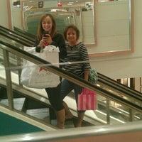 Photo prise au Macy's par Hailey B. le9/19/2012