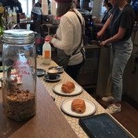 Photo prise au Le Peloton Café par Dr. Ahmad le9/17/2017