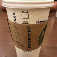 10/29/2016 tarihinde Herman R.ziyaretçi tarafından Starbucks'de çekilen fotoğraf