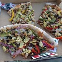 Снимок сделан в Naked Pizza пользователем Karissa H. 12/11/2013