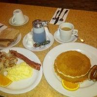 10/3/2012에 Arne A.님이 Kappy's Restaurant & Pancake House에서 찍은 사진