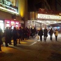 12/18/2012에 Zach v.님이 AMC Loews 84th Street 6에서 찍은 사진