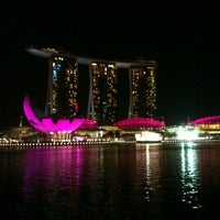 Photo prise au Marina Bay Downtown Area (MBDA) par HJ le10/2/2012
