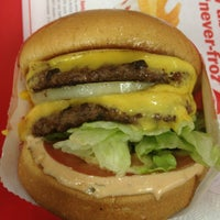 Photo taken at In-N-Out Burger by Mikko S. on 1/19/2013