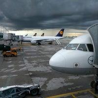 Photo taken at Lufthansa Flight LH 2050 by Nils A. on 5/14/2017