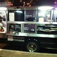 Photo taken at Komodo Food Truck by Liz V. on 6/21/2013