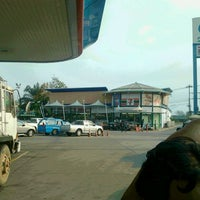 Photo taken at ปึงหงี่เชียง ของฝากเมืองโคราช by Sam S. on 2/16/2014