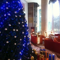Photo taken at Pullman Shanghai Skyway Hotel by Linda Y. on 12/28/2012