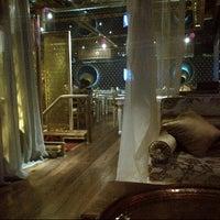 2/27/2013 tarihinde Aytac T.ziyaretçi tarafından Al Fakheer Shisha Lounge'de çekilen fotoğraf