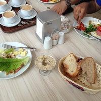 8/14/2013 tarihinde ALaa k.ziyaretçi tarafından Biltepe Restaurant'de çekilen fotoğraf