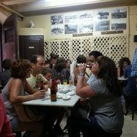 Foto tomada en La Cova Fumada por Sean K. el 7/18/2013