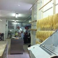 Foto tirada no(a) Ton Hoi Restaurante por Mariana P. em 5/17/2014